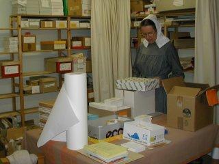 도서부문에서 일하는 자매