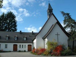 마더하우스와 예배당